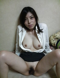 extremely hairy japanese pussy