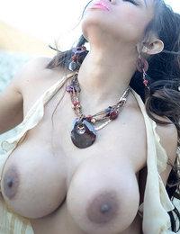 chubby japanese women big tits